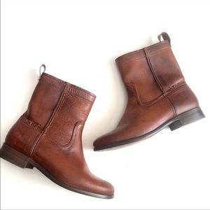 Frye Cara Short Leather Boot-Cognac
